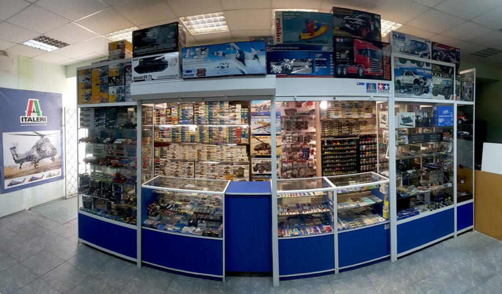 Модельний магазин Олімпієць в середині